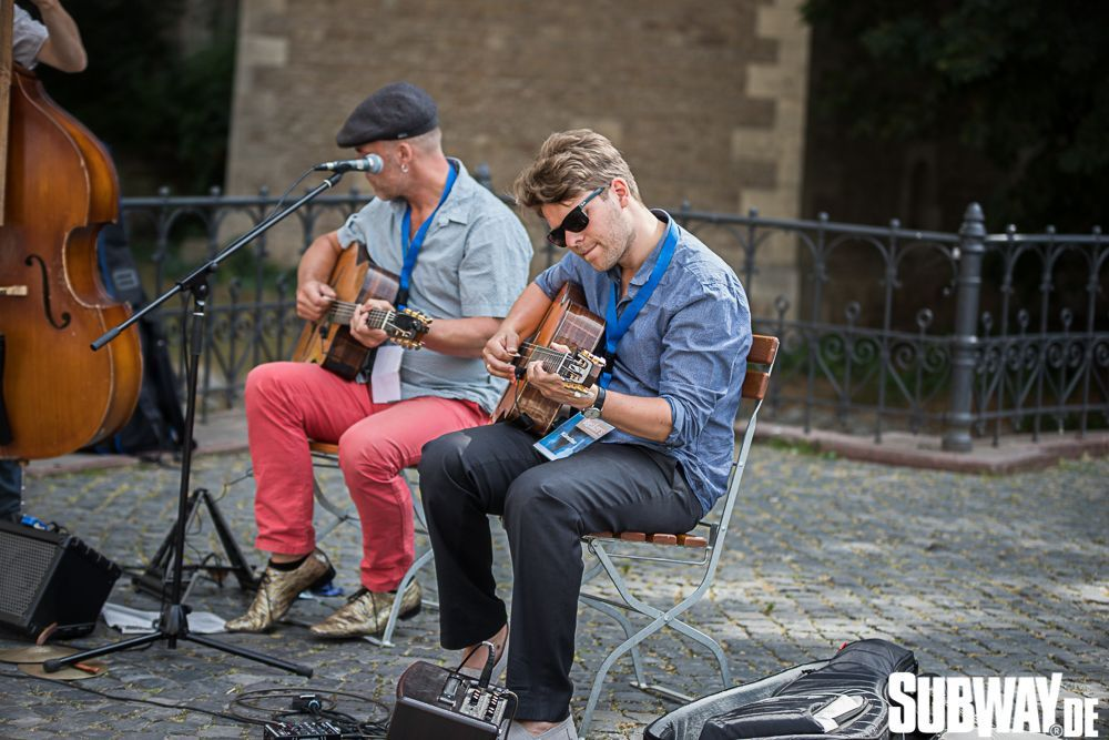 Buskers-online-0064