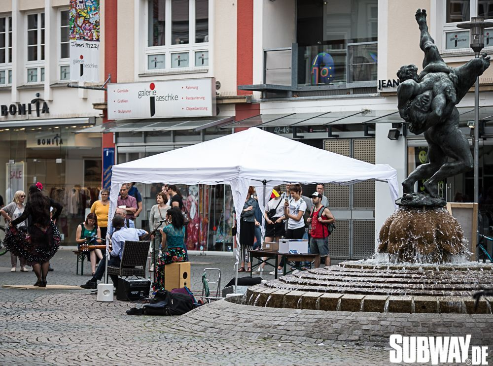 Buskers-online-0146